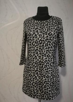 Стильное платье туника трендовой расцветки лео