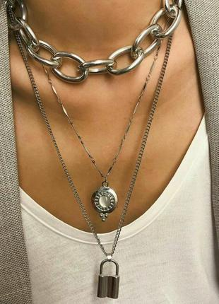 Колье, три цепи, цепочки, цвет серебро
