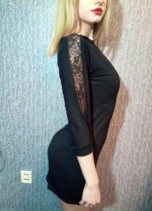 Чёрное платье с кружевом на рукавах. oxyd. турция.