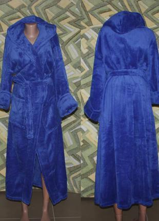 Женский махровый длинный халат на запах с капюшоном синий