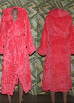 Женский махровый длинный халат на запах с капюшоном розовый ко...