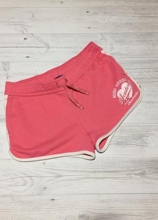 Розовые короткие шорты