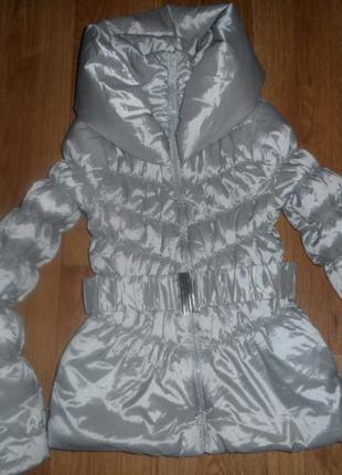 Легенькая куртка на 11-12л, 152-155см, в идеале
