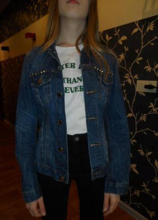 Стильный джинсовый пиджак на 12-13л,в идеале,