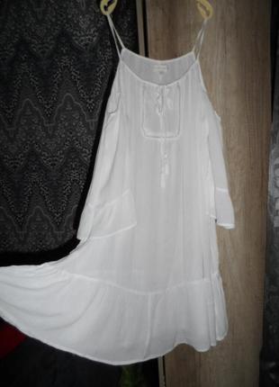 Классное белоснежное платье ,отлично на море ,р.,48-52