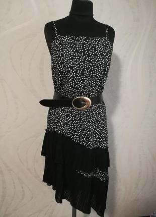 Легкое асимметричное оригинальное платье сарафан в горошек