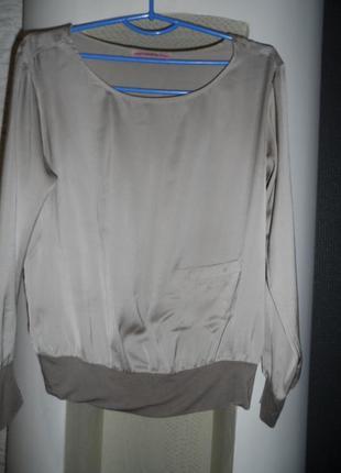 Стильная,красивая блузка formarina р.10-12,как новая.