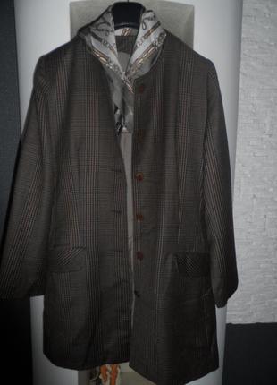 Удлиненный люксовый пиджак ,шерсть ,38-40р.,как новый.