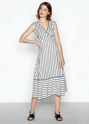 Классное платье миди на запах, в полоску, из вискозы