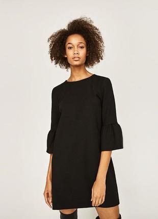 Черное платье с рукавами-колокольчиками oversize zara