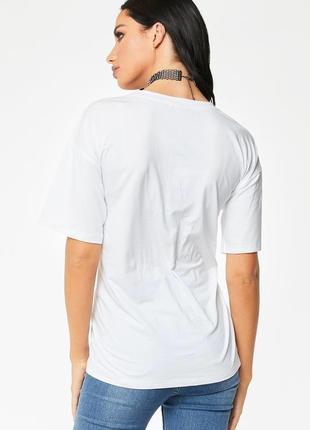 Базовая белая футболка oversize c надписью zara