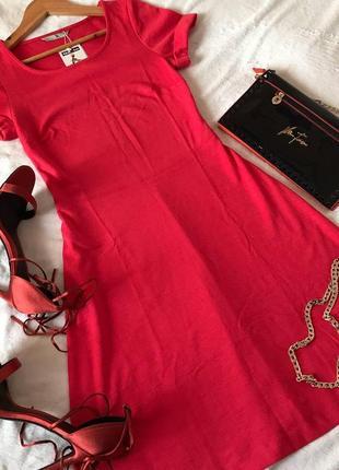 Прекрасное легкое платье миди с коротким рукавом tu