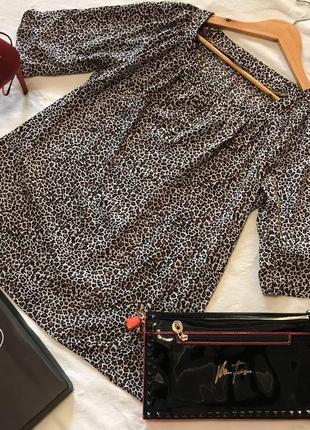 Изумительная леопардовая блуза с декоративными пуговицами bm c...