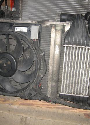 Радиатор 1.3cdti Opel Astra H 13143570