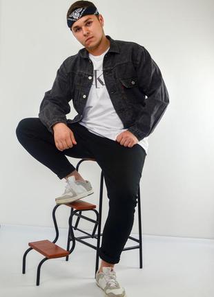 Levis тёмная укороченная джинсовая куртка