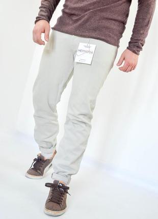 Levis 501 w32 l32 джинсы цвета слоновой кости