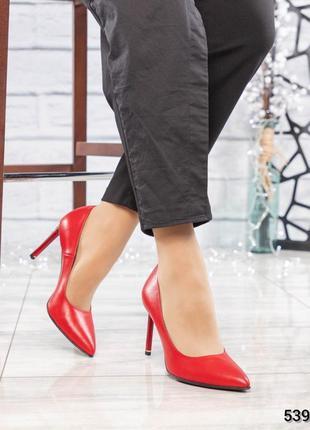 ❤ женские красные кожаные туфли на шпильке ❤