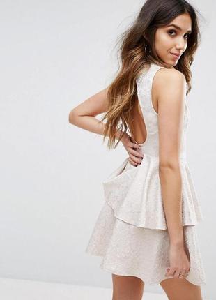 Шикарное жаккардовое платье с оборками от asos