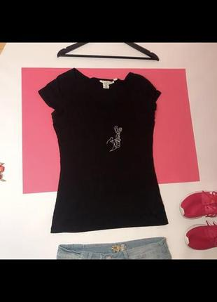 Базовая  чёрная футболка с вышивкой h&m 38/m