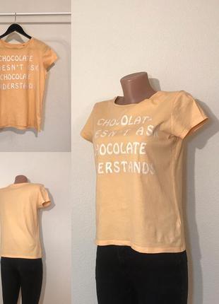 Стильная футболка с надписью размер m