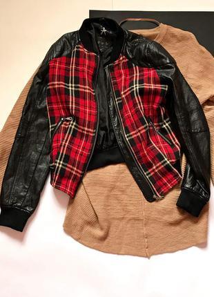 Актуальная кожанка бомбер куртка atm в клетку. размер 12/40
