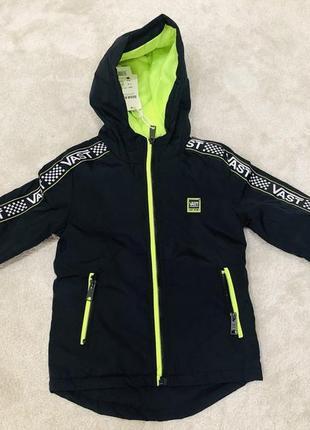 Куртка на мальчика сезон весна-осень