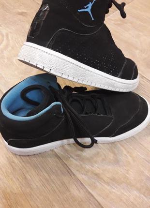 Демисезонные кроссовки nike gordan 31 р. стелька 19 см.