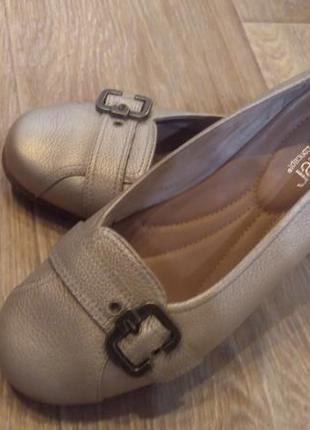 Туфли hotter 39 р. стелька 25.5 см. кожа