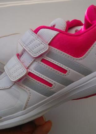 Кроссовки adidas 31 р. стелька 20 см.