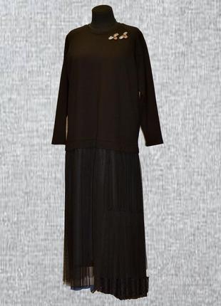 Чёрное платье с сеткой
