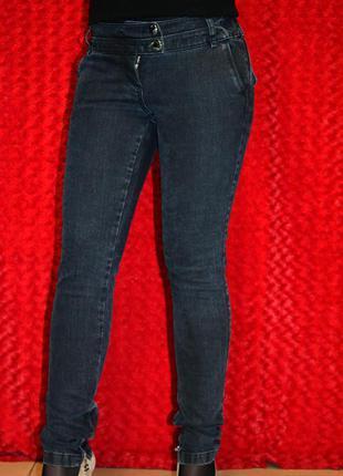 Узкие джинсы sassofono