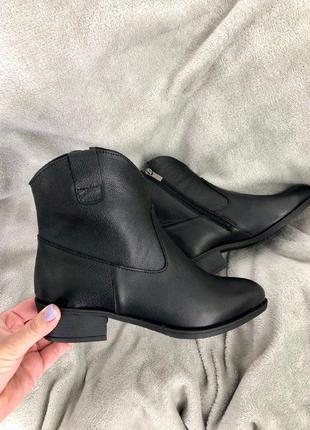 Женские черные демисезонные ботинки кожа флотар 💥