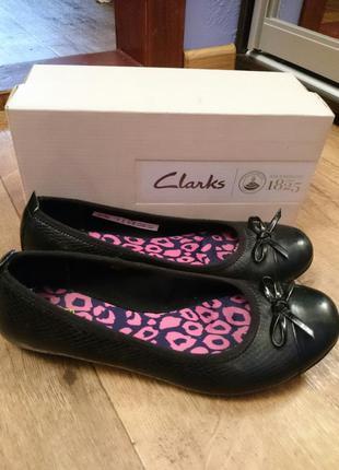 Кожаные туфли лодочки clarks