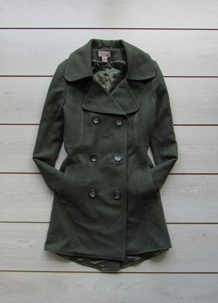 Двубортное пальто в стиле милитари шерсть от h&m