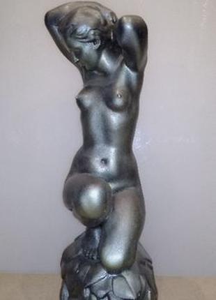 Редкая скульптура «Девушка на камне». Производство СССР 50х го...
