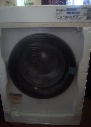 Стиральная машина Whirlpool FWSG61083