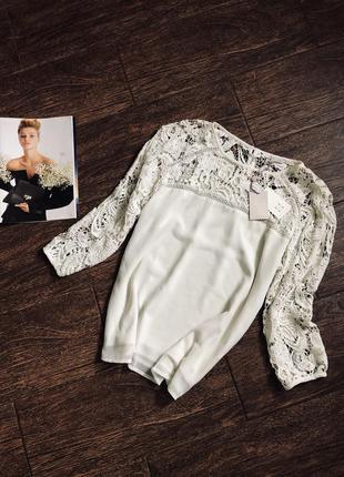 Очень красивая кружевная блуза цвета айвори большого размера