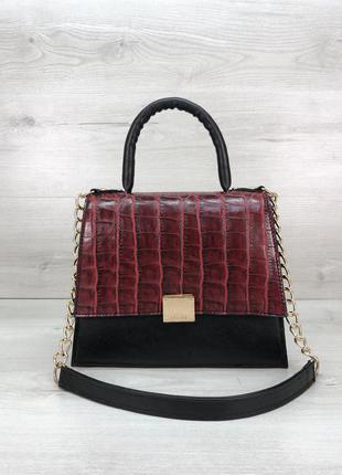Женская сумочка на два отделения красного цвета