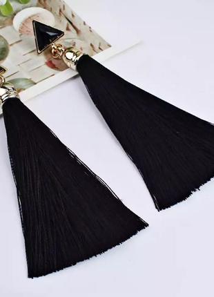Серьги кисточки чёрные