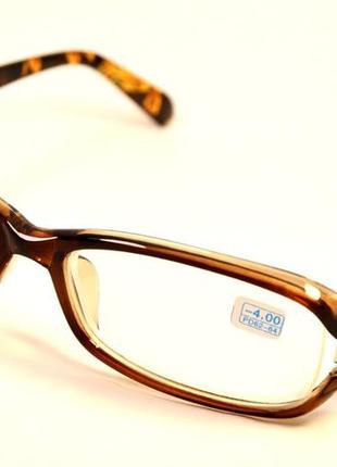 Стильные имиджевые очки с дтопт.
