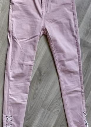 !продам новые женские весенние брюки джинсы