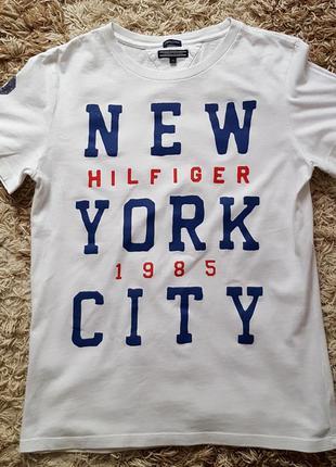 Стильная футболка tommy hilfiger