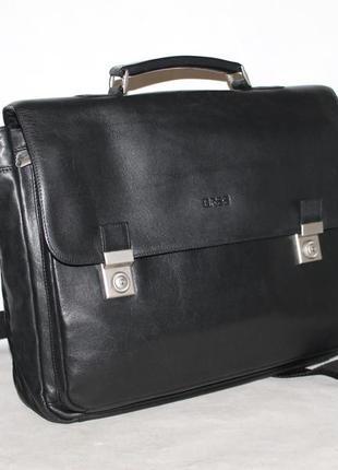 Качественный кожаный портфель немецкого бренда bree 100% натур...